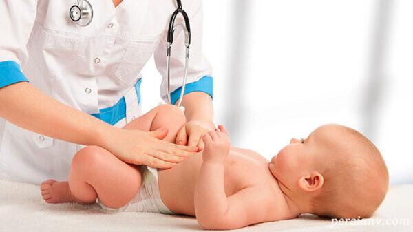 آیا تغییر رنگ ادرار در نوزادان نشانه خطر است؟
