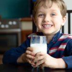 علت اینکه شیر برای کودکان ضروریست چیست؟