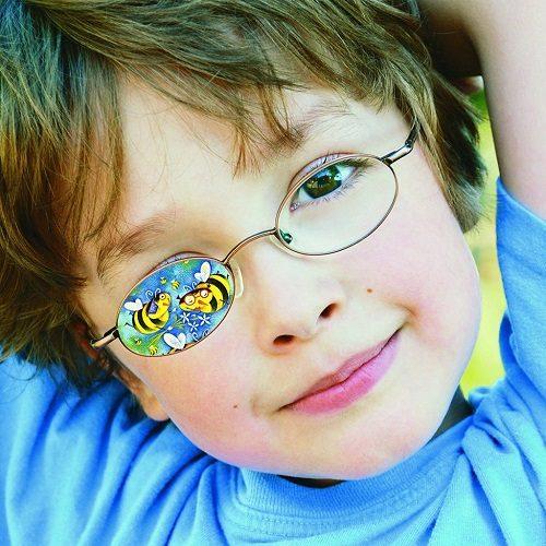 علایم و درمان تنبلی چشم در کودکان!