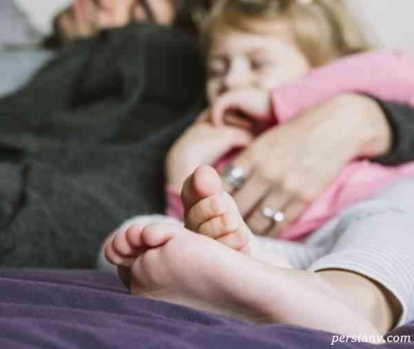 دیدن رابطه زناشویی پدر و مادر