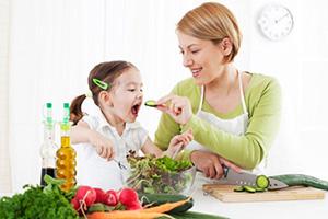 فواید سبزی برای کودکان | چگونه کودکانمان را سبزی خور کنیم؟