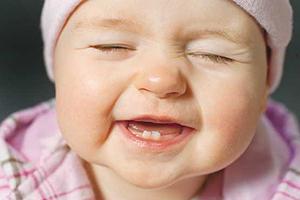 دندان شیری نوزادان و هر آنچه باید بدانید