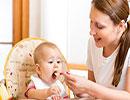 این خوراکی ها را هرگز به نوزاد خود ندهید