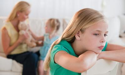 فرق گذاشتن بین فرزندان وعواقب آن