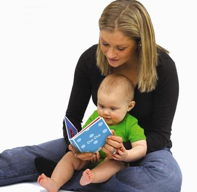کتاب خواندن برای نوزاد و نوپا