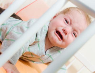۵ روش برای آرام کردن و خواباندن نوزاد