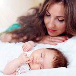 نکاتی در مورد جدا خواباندن کودک از والدین