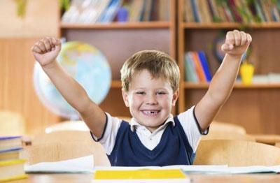 ۸ روش ساده برای افزایش اعتماد به نفس در کودکان