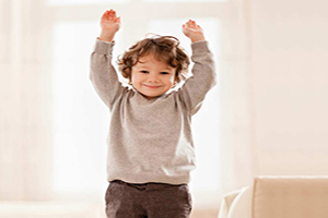 ۳ تمرین کاردرمانی برای کودکان بیش فعال