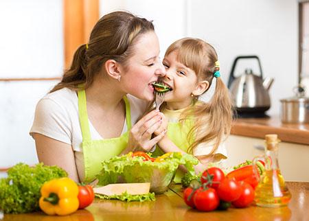 دلایل بد غذایی کودک