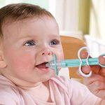 چگونه به کودکان خود دارو بدهیم؟