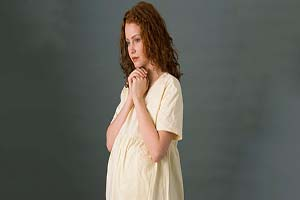 ۵ روش ساده برای جلوگیری از ریزش مو در دوران شیردهی