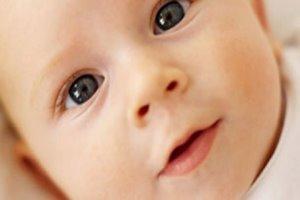 ۵۵ درصد نوزادان ایرانی از شیر مادر در ساعات اولیه تولد محروم هستند