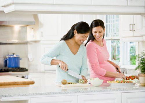 غذای زنان باردار
