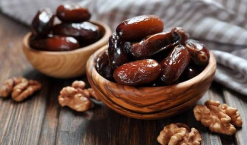 مصرف بیرویه خرما موجب افزایش قند خون میشود