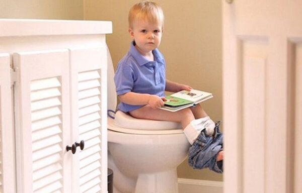 آموزش دستشویی رفتن به بچه ها
