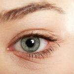 جرقه چشم هنگام عطسه کردن نشانه چیست؟