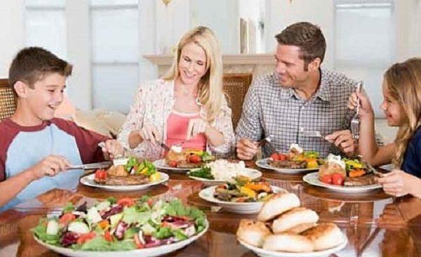 بعد از غذا ۷ کار نکنید