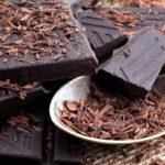 آشنایی با خواص و مضرات شکلات تلخ