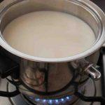 آیا جوشاندن شیر تاثیری بر خواص آن دارد و باعث کم شدن فواید آن می شود؟