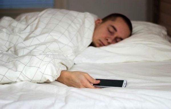 چه ساعتی بخوابیم تا سالم بمانیم؟