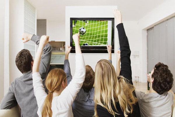 مضرات تماشای فوتبال