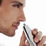 نقش موهای گوش و بینی بر سلامتی بدن / آیا کندن این موها خطر ساز است؟