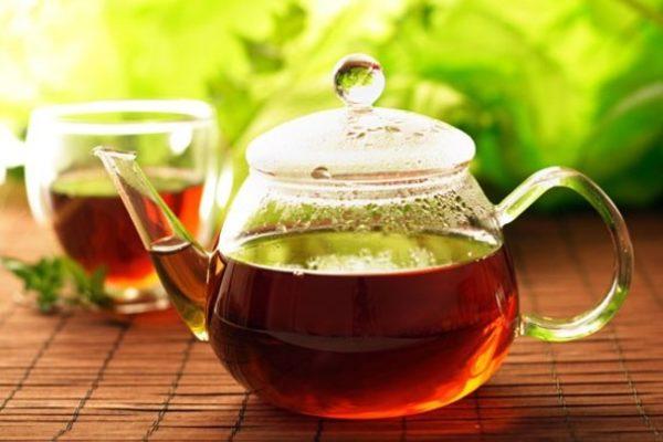 چرا نباید چای داغ بخوریم؟