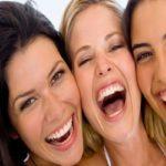 خندیدن چه تاثیرات مثبتی بر سلامتی شما میگذارد؟