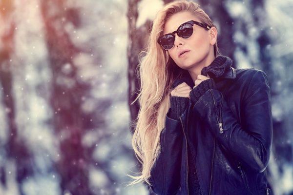 عینک آفتابی در زمستان