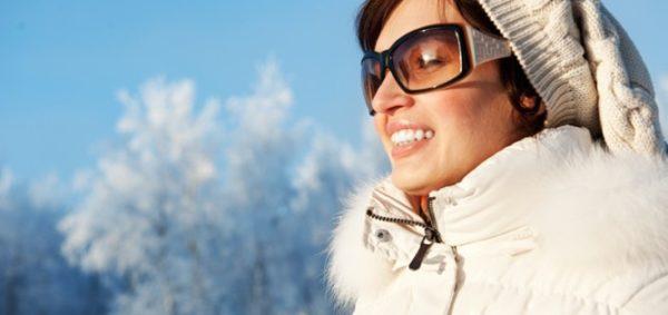 عینک آفتابی در زمستان لازم است ؟/درمانهای خشکی چشم در سرما