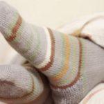 جوراب پوشیدن در هنگام خواب مفید است یا مضر؟