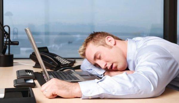 خواب یکی از مهم ترین رفتارهای آدمی بررسی بی خوابی و پرخوابی