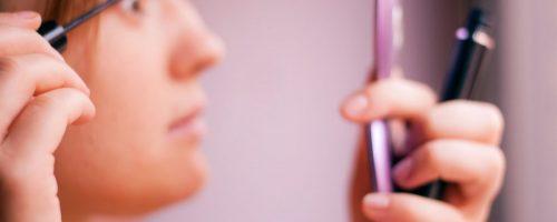 خطرات لوازم آرایشی
