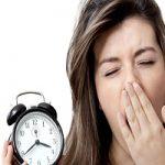 کمخوابی | چرا افراد موفق شبها زود میخوابند؟