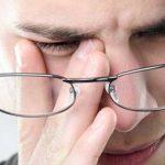 این کارها باعث میشود چشمتان ضعیف شود؟