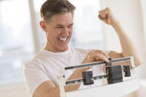 روش های کالری سوزی برای تنبل ها / اگر شرایط ورزش کردن و رژیم گرفتن را ندارید