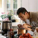 اگر غذا را بو بکشید در بدنتان چه اتفاقبی رخ خواهد داد؟