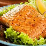 مصرف همزمان ماهی با این خوراکی ها بسیار خطرناک است