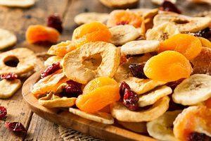 برای کاهش وزن، ۹ میوه خشک شده را به رژیم تان اضافه کنید