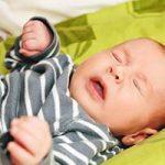 بهترین روش برای عادت دادن نوزاد به خواب شبانه چیست