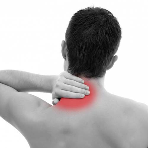 درمان گردن درد با طب سنتی و گیاهی در خانه
