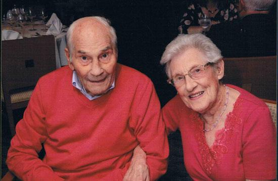 مسنترین عروس و داماد جهان ! + عکس