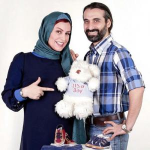 عکسی از ماه چهره خلیلی در دوران بارداری در کنار همسرش