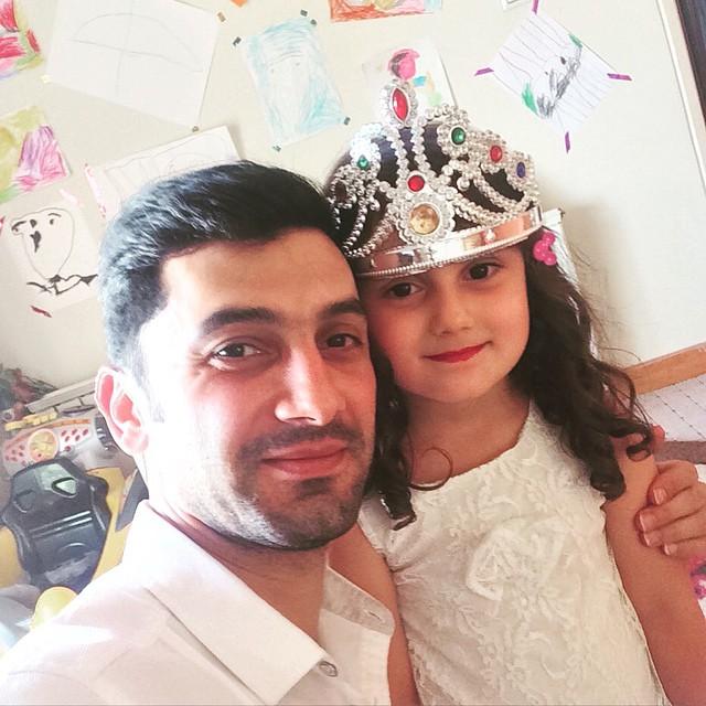 عکس منتشر شده فرهاد ظریف و دخترش در روز دختر+عکس