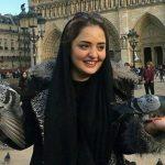 آوازخوانی نرگس محمدی و علی اوجی + فیلم