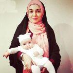 نوشته آزاده نامداری برای اولین تابستان دخترش!