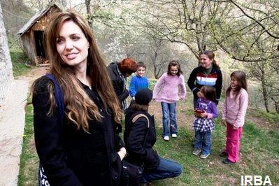 عکسهای دیدنی آنجلینا جولی و براد پیت در بوسنی
