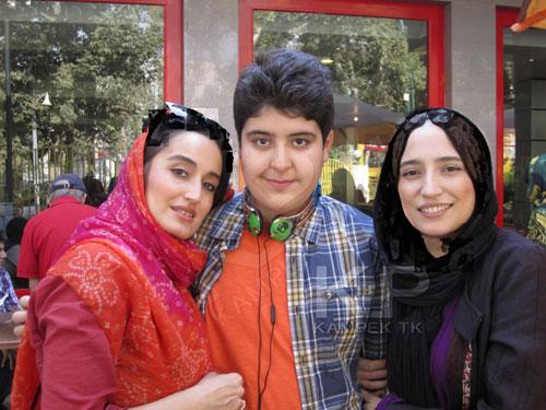 عکس : نگار جواهریان به همراه خواهر و برادرش