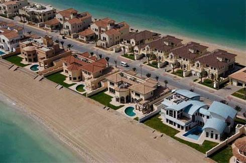 عکس:خرید خانه با ساحل اختصاصی کوچک!